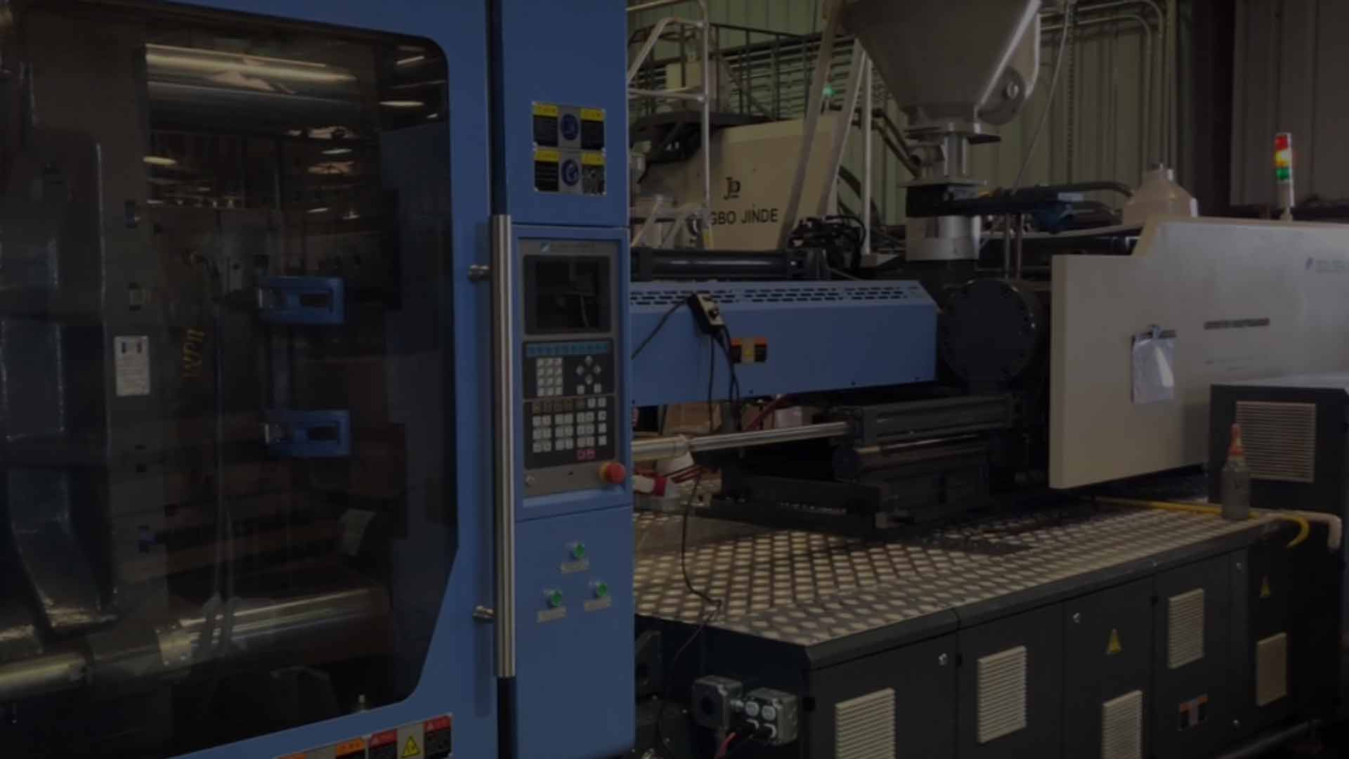Plastic injection molding machines California